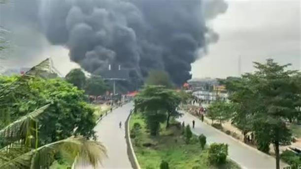 Έκρηξη βυτιοφόρου στο Λάγος
