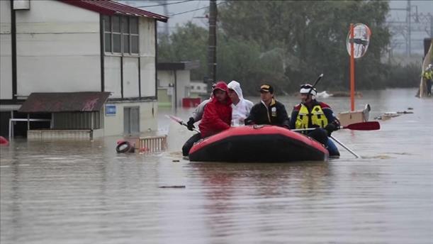 Συνεχίζονται οι έρευνες για επιζώντες, μετά τον ισχυρό τυφώνα στην Ιαπωνία