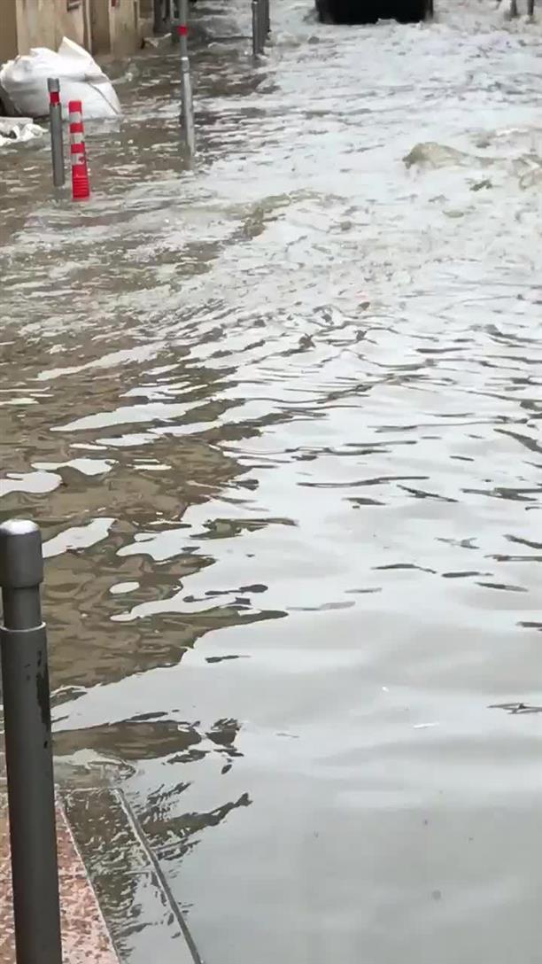 Ποτάμια οι δρόμοι της Λεμεσού