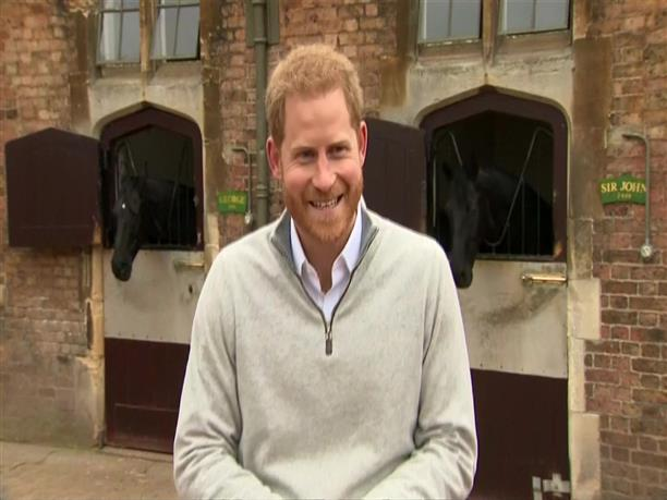 Ο πρίγκιπας Χάρι ανακοινώνει την γέννηση του πρώτου παιδιού του με την Μέγκαν Μαρκλ