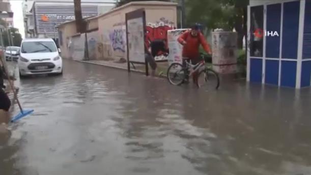 Πλημμύρες στη Σμύρνη