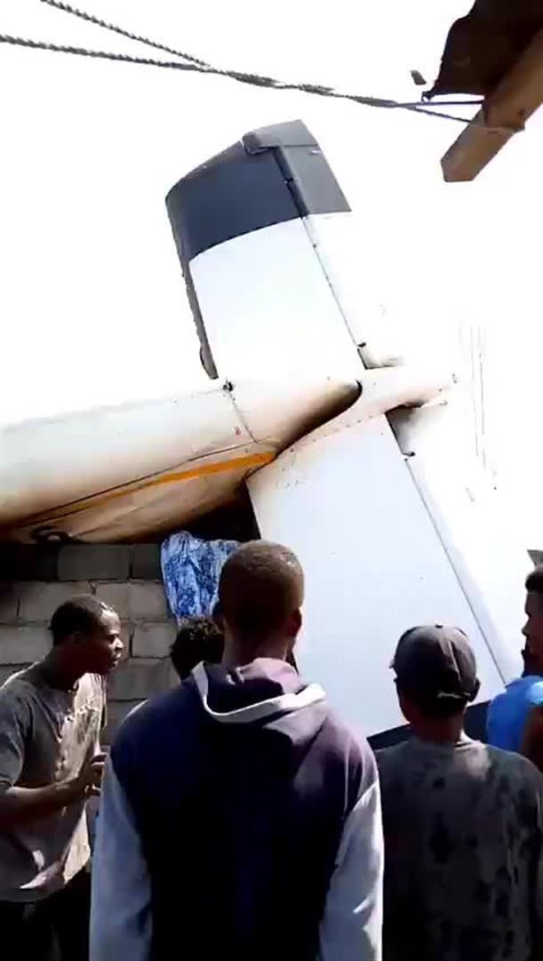 Αεροσκάφος συντρίβη σε κατοικημένη περιοχή στο Κονγκό