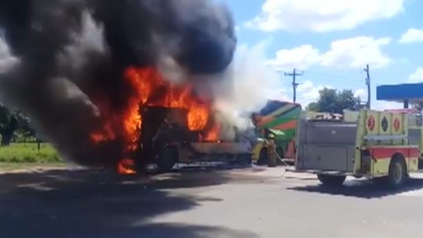 Δεκάδες νεκροί σε τροχαία με λεωφορεία