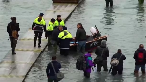 Νέο κύμα πλημμυρών στη Βενετία