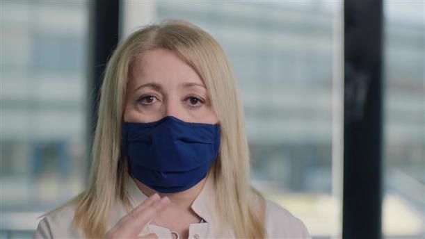 Μένουμε Ασφαλείς: Η γιατρός Αγγελική Καραΐσκου δίνει οδηγίες για τη χρήση της μάσκας