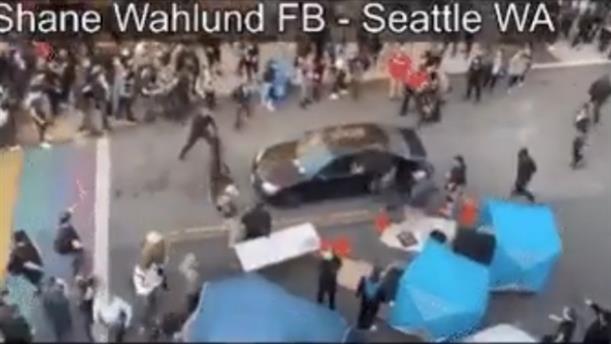 ΗΠΑ: Οδηγός επεσε πάνω σε διαδηλωτές