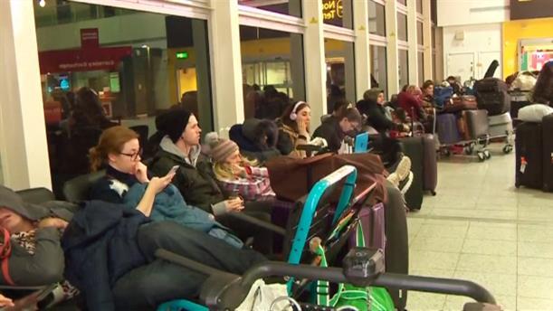 Ακυρώσεις πτήσεων στο αεροδρόμιο Gatwick λόγω drone