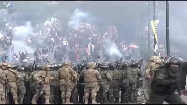 Συγκρούσεις αστυνομίας διαδηλωτών στη Βολιβία