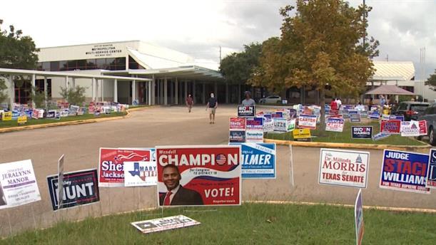 """Αμερικανικές εκλογές 2020: """"Κλειδί"""" για το Τέξας οι αναποφάσιστοι"""
