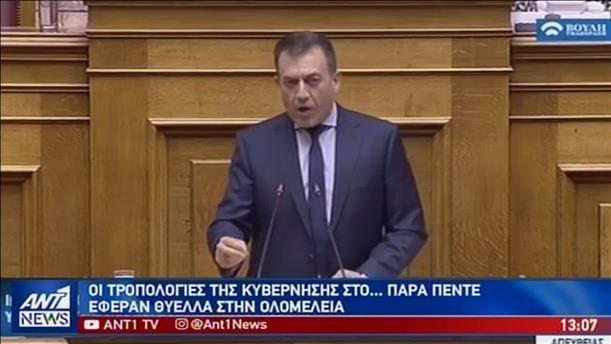Θύελλα στη Βουλή για τις τροπολογίες Βρούτση