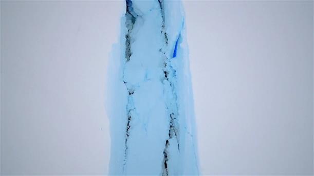 Τεράστιο παγόβουνο αποκολλήθηκε στην Ανταρκτική