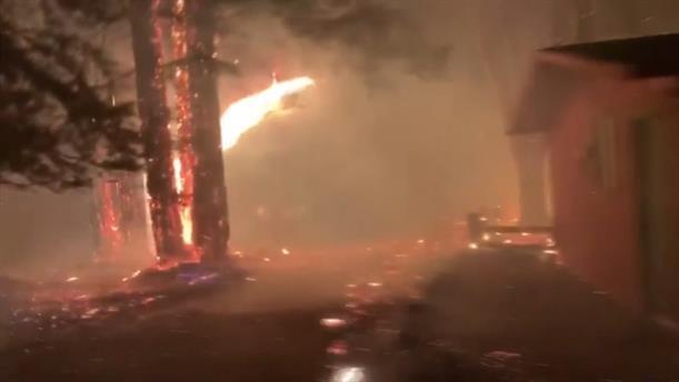 Κόλαση φωτιάς στην Καλιφόρνια