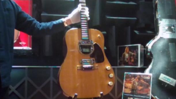 Δημοπρατείται η κιθάρα του Cobain στο MTV Unplugged