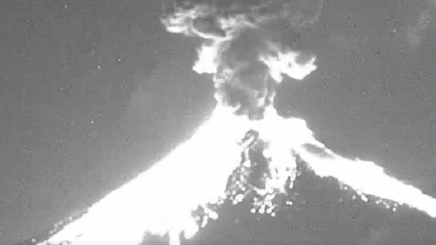 Μεξικό: η στιγμή της έκρηξης του ηφαιστείου Ποποκατεπέτλ