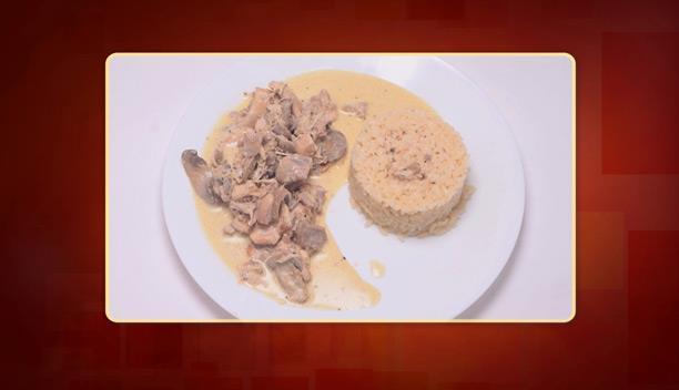 Κοτόπουλο με μανιτάρια και ρύζι της Μάγδας - Κυρίως πιάτο - Επεισόδιο 66