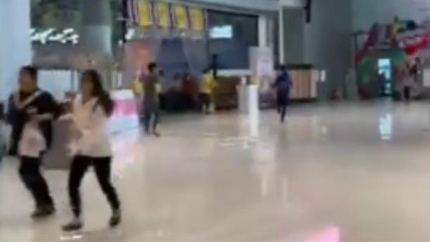 Ταϊλάνδη: Στιγμές πανικού σε εμπορικό κέντρο μετά την εισβολή ενόπλου