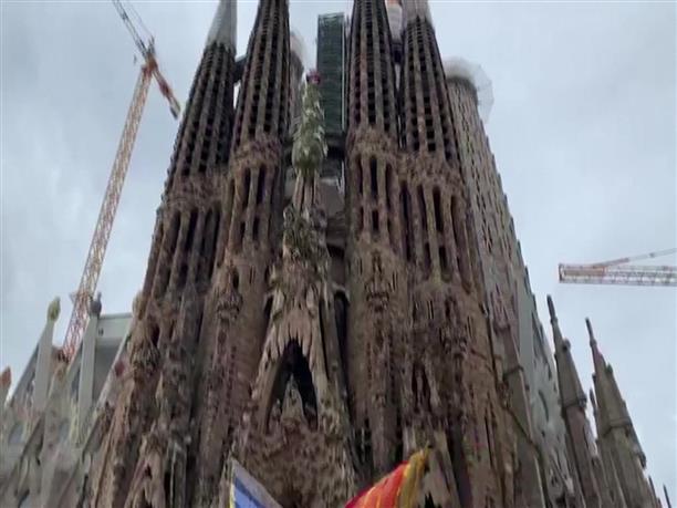 Αναβρασμός στην Βαρκελώνη: Έκλεισε η Σαγράδα Φαμίλια