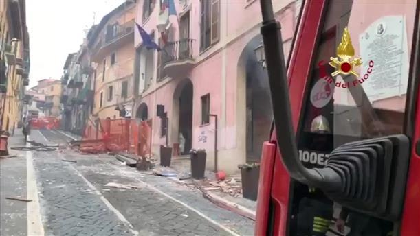 Bίντεο της Πυροσβεστικής Υπηρεσίας της Ρώμης μετά την έκρηξη σε κτήριο