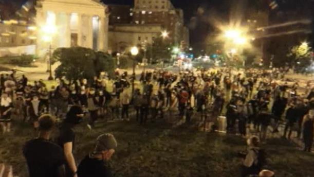 Στους δρόμους παρά την απαγόρευση, οι διαδηλωτές της Ουάσινγκτον