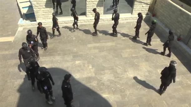 Αστυνομικοί εφοδιάζονται με... πατίνια