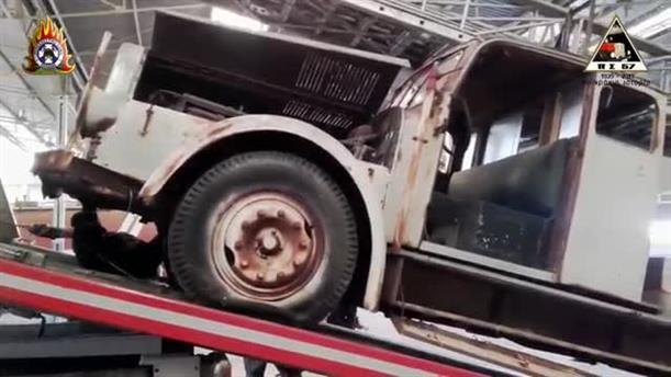 Η ανακατασκευή ενός ιστορικού πυροσβεστικού οχήματος στη Θεσσαλονίκη