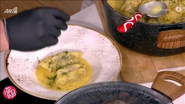 Λαχανοντολμάδες με αρωματικό αυγολέμονο από τον Χρήστο Μπάρκα
