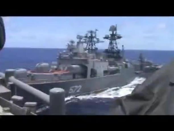 Βίντεο-ντοκουμέντο απο την παρ΄ ολίγον σύγκρουση ρωσικού κι αμερικανικού πλοίου