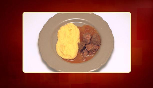 Κοκκινιστό μοσχαράκι με πουρέ πατάτας και καρότου της Δανάης - Κυρίως πιάτο - Επεισόδιο 34