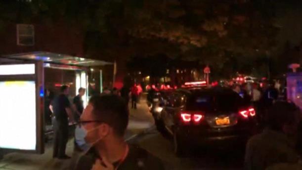 Nεκροί και τραυματίες στο Μπρούκλιν