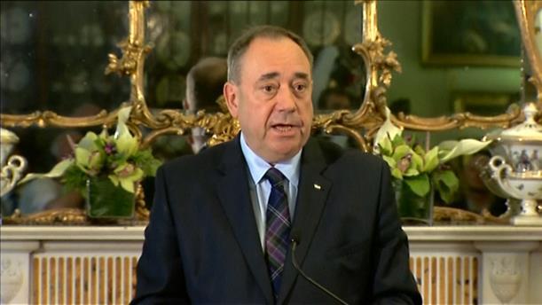 Ο πρώην πρωθυπουργός της Σκωτίας Άλεξ Σάλμοντ συνελήφθη για σεξουαλική παρενόχληση