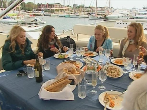 THE REAL HOUSEWIVES OF ATHENS - 8