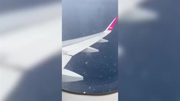 Αεροπλάνο προσγειώθηκε μετά από «βόλτες» πάνω από το Ηράκλειο