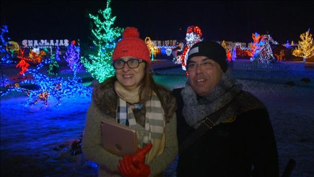Έκαναν το εξοχικό τους χριστουγεννιάτικο χωριό