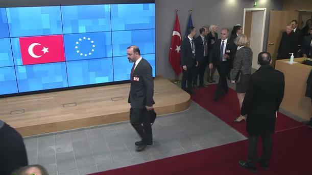 Χωρίς να κάνει δηλώσεις αποχώρησε ο Ερντογάν από το Ευρωπαϊκό Συμβούλιο