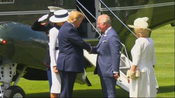 Άφιξη του Ντόναλντ Τραμπ στο παλάτι του Μπάκιγχαμ