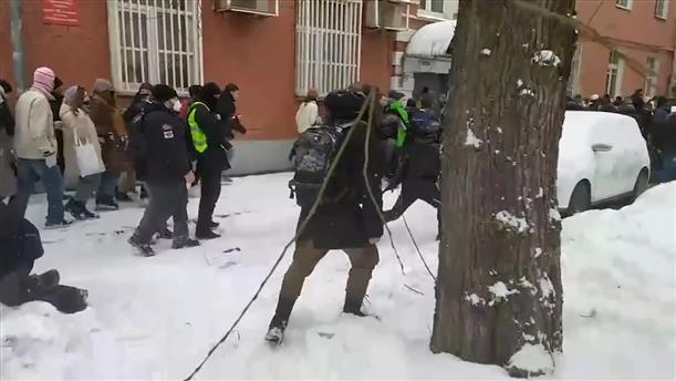 Μόσχα: χιλιάδες διαδηλωτές υπέρ του Ναβάλνι