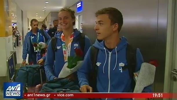 Αποθέωση στην Ολυμπιακή Ομάδα Νέων