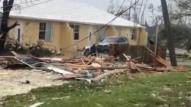Τεράστιες καταστροφές από τον τυφώνα Ντόριαν στις Μπαχάμες