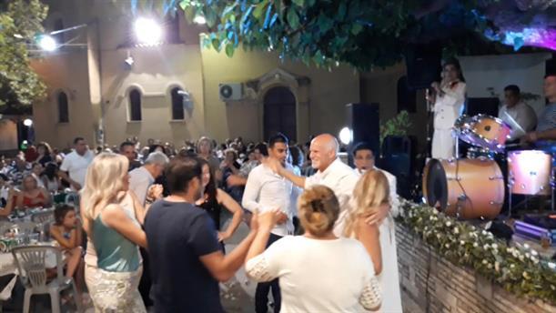 Ο χορός του Γιώργου Παπανδρέου στην Αχαΐα