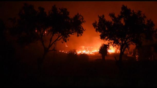 Εκκένωση της δομής, μετά τη φωτιά στη Λέσβο