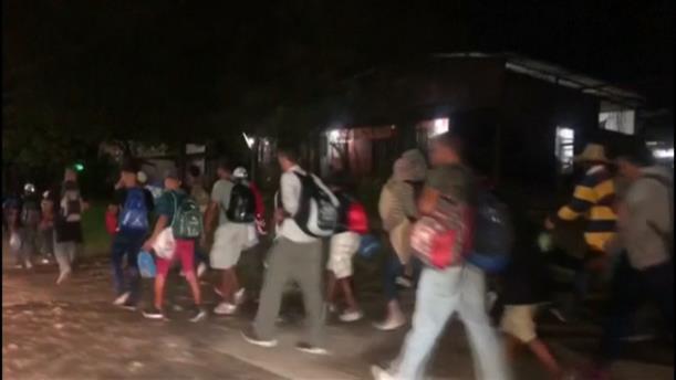 Νέο καραβάνι μεταναστών σχηματίζεται στην Ονδούρα
