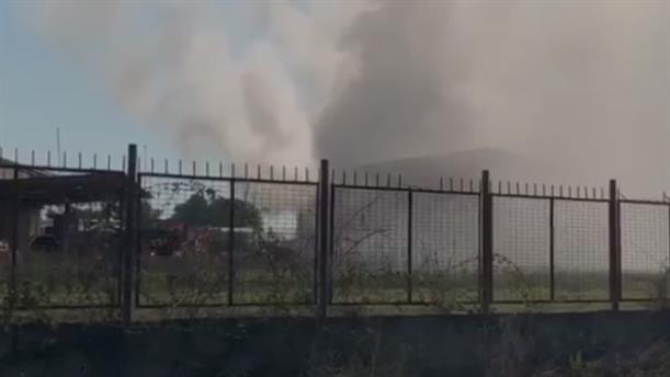 Φωτιά σε αποθήκη στην Πρέβεζα