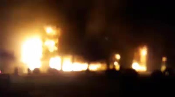 Ολοσχερής καταστροφή βιοτεχνίας επίπλων απο πυρκαγιά