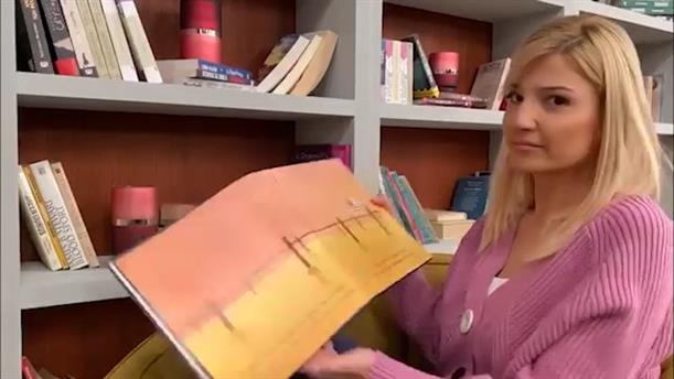 Οι αγαπημένοι μας διαβάζουν παραμύθια - Φαίη Σκορδά