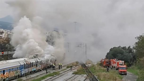 Πυρκαγιά σε βαγόνι τρένου στη Θεσσαλονίκη