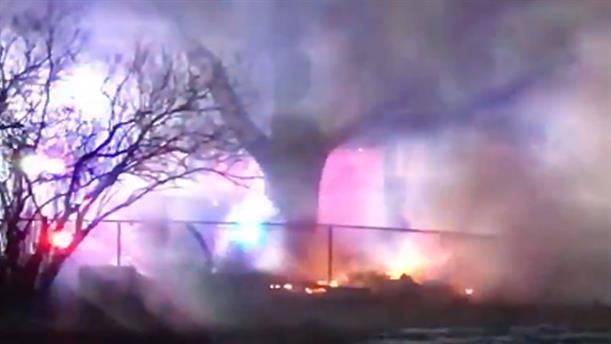 Αεροπλάνο έπεσε πάνω σε σπίτια στη Νότια Ντακότα