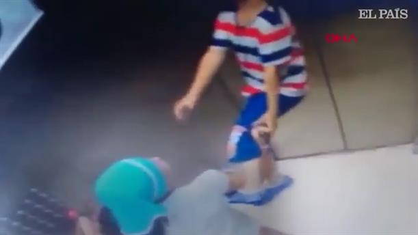 Τουρκία: Παιδάκι κρεμάστηκε σε ασανσέρ