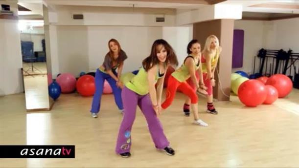 Πρόγραμμα γυμναστικής και χορού με Zumba