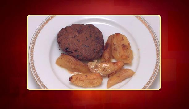 Μπιφτέκια στο φούρνο με πατάτες του Γιάννη - Κυρίως πιάτο - Επεισόδιο 9