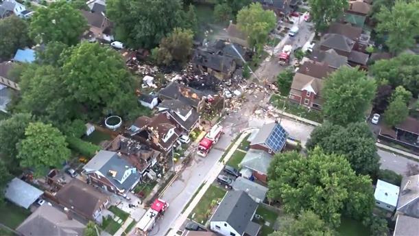 Έκρηξη ισοπέδωσε κατοικίες στο Οντάριο του Καναδά